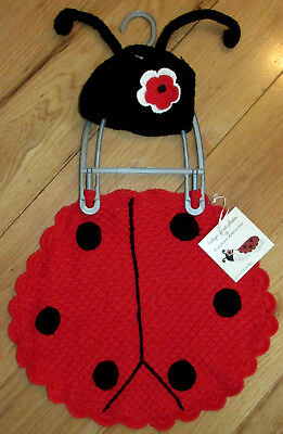 Gorgeous crocheted ladybug infant cap & cover for newborn baby's first photo (Ladybug Costume For Baby)