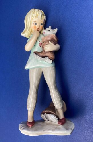 """Vintage Goebel Figurine GF 147 Girl Holding Cat In Boot - Mint Condition 6 3/4"""""""