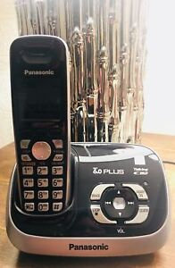 Panasonic cordless phone and voicemail talking base