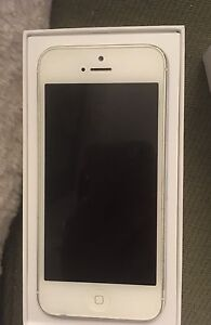 IPHONE 5 16 GIG - BEST OFFER!