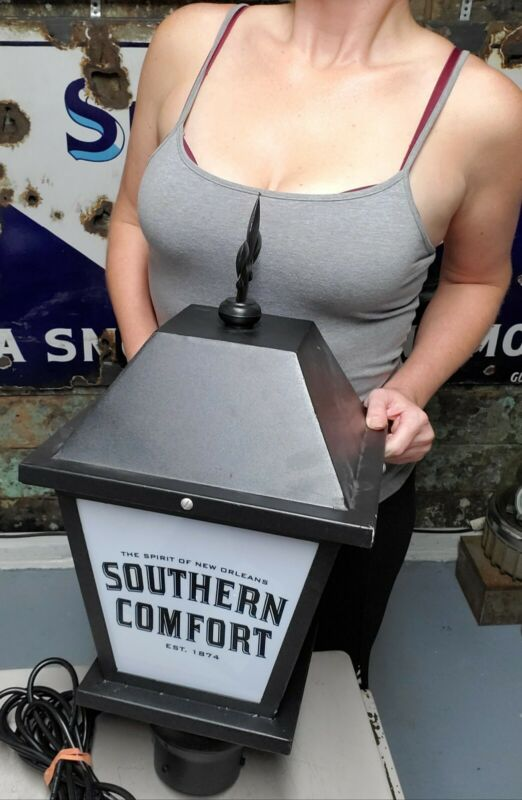 Southern Comfort Whiskey Lantern Advertising Light Beer Working Bar Sign