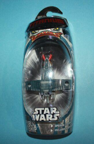 Hasbro Titanium Star Wars Clone Wars LIMITED Republic Gunship Die Cast Vehicle