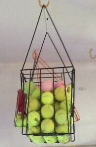 Tennis ball basket hopper