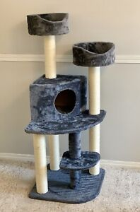 BRAND NEW PURRFECT PALS DELUXE CAT SCRATCHING TREE