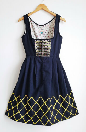VTG Dirndlstube Starnberg Dirndl Black Dress Embroidered Oktoberfest Costume