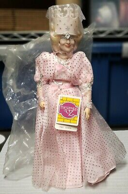 Wizard Of Oz The Good Witch (Vintage 1988 The Wizard of Oz Glinda Good Witch P3861 Doll Plastic/Vinyl)