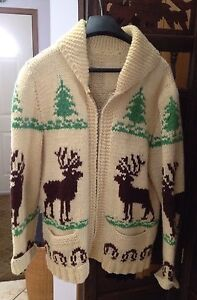 Vintage knit zippered sweater