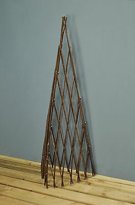 Expanding Willow Garden Obelisk (1.2m) by Gardman