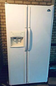 Westinghouse fridge freezer, side by side