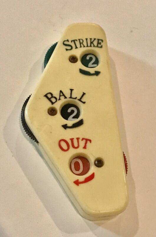 (1) Rare early 1970's Topps Umpire Indicator Vintage Baseball Strikes Balls Outs