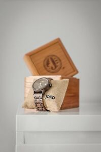 JORD Wood Watch (HYDE Series) w/ Box, Oil & Cleaning Cloth