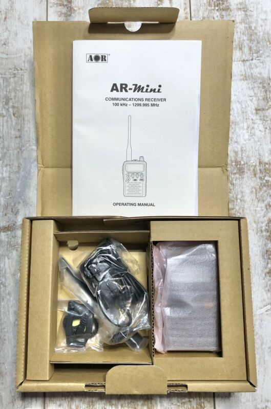 AOR AR-MINI B Handheld Waterproof Receiver (No Batteries)