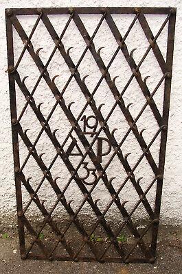"""Gitter. Geschmiedet."""" Ap 1933"""" Ca.105x60 CM"""