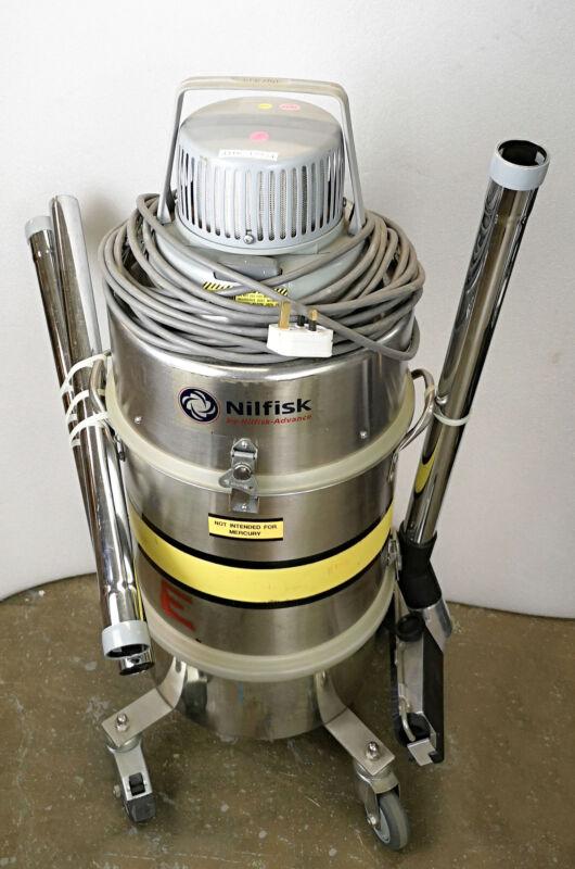 12934 NILFISK ADVANCE IND SERIES MERCURY REVY VACUUM CLEANER W/GMPJ MOTORHEAD -