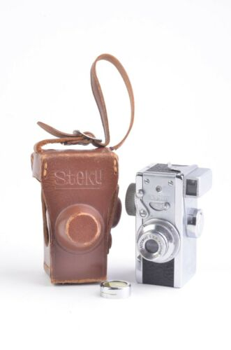 """STEKY III """"FOR 16mm FILM"""" SUBMINIATURE CAMERA, CASE, FILTER, FILM SPOOLS, WORKS!"""