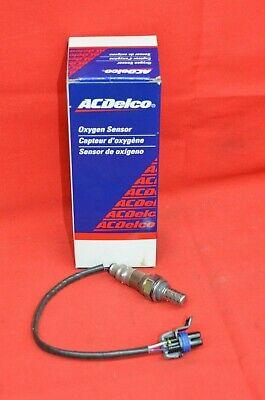 AC Delco O2 Oxygen Sensor 213-3537 GMC Envoy Chevy Express Buick Rainier NOS GM