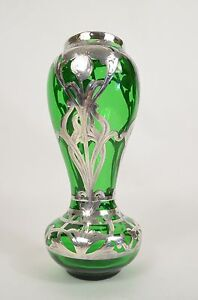 Antique-GREEN-Glass-VASE-Floral-SILVER-OVERLAY-Alvin-Art-Nouveau-Flowers-Marked