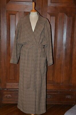 Emanuel Ungaro Vintage long coat, US size 8, 100% wool, early 90's, GUC