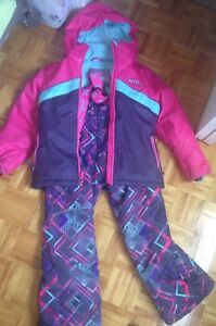 Combinaison hiver fille 8 ans/Girl snow suit 8 years old