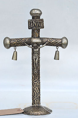 (CENTRAL AMERICAN SILVER CRUCIFIX  /  TREE OF LIFE circa early 20th)