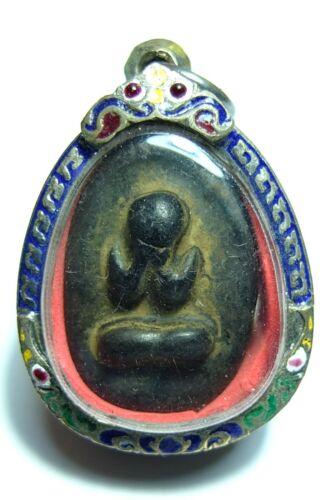 THAI BUDDHA AMULET PHRA PIDTA LP KHAI CLOSED EYES ANTIQUE RARE CLAY