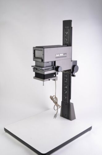EXC++ DURST M605 B&W ENLARGER, VERY NICE AND CLEAN, w/35mm CARRIER, TESTED