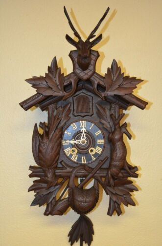 ANTIQUE GERMAN BLACK FOREST MINI HUNTER STYLE SPRING DRIVEN CUCKOO CLOCK 1900