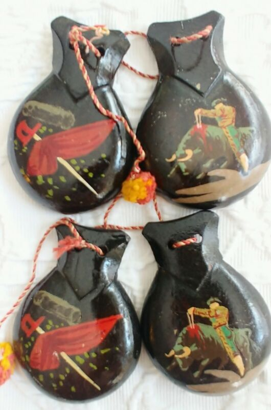 Vintage 2 Pair Castanets Hand Carved Painted Argentina Matador Flamenco Dancers