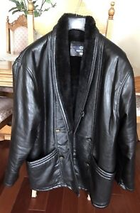 Men's Shearling coat size XL, for an excellent price