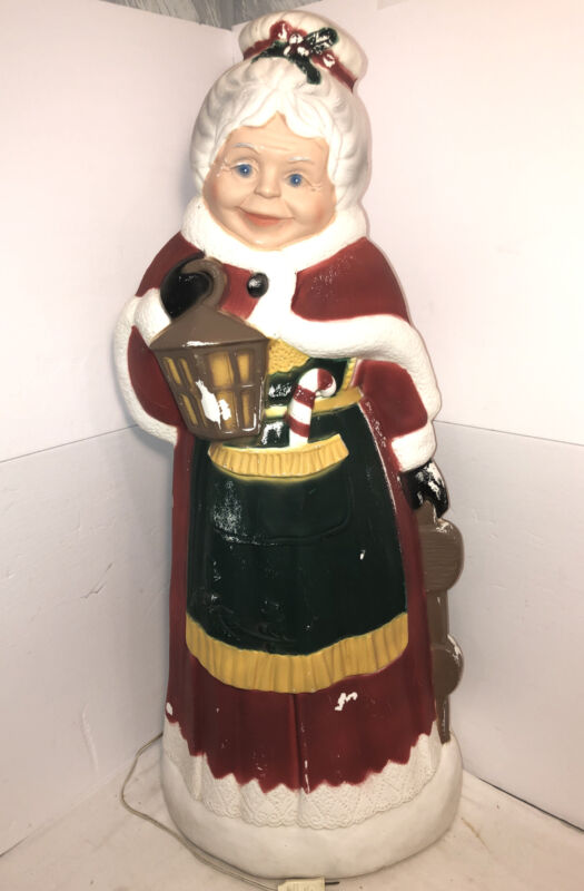 Vintage TPI Mrs. Claus Blow Mold Lighted Decor