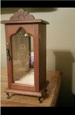 VINTAGE WOODEN JEWELRY BOX WITH NECKLACE CAROUSEL AND RING HOLDER