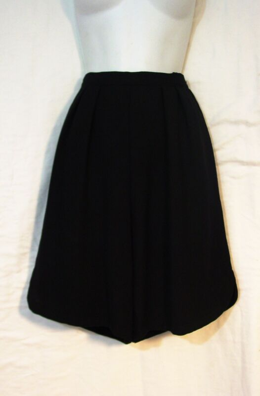 "Vtg ARMANI Collezioni Giorgio Black Wool High Waist Pleated Shorts 8/42 W27"" (6)"