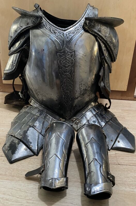Snow White and the Huntsman - Screen Used Prop Armor! Rare Stewart Hemsworth