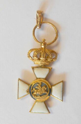 18K Yellow Gold Vintage Spanish Cross Order of San Hermenegildo Pendant Enamel