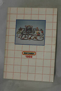 Matchbox-1989-Collectors-Catalog-USA-Edition-Nice-Complete-Original