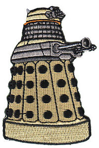 Dalek-Gold-DOCTOR-WHO-Serie-Unifome-TOPPA-NUOVA