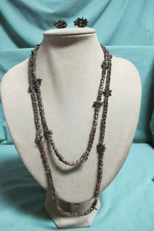 Vintage Hand Mede brown Apple Seed Bead Necklace & Clip on Earrings