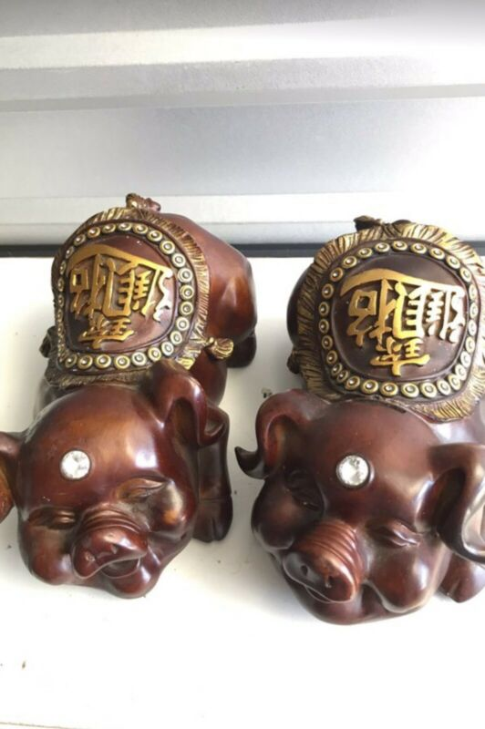 Wooden Decorative chinese piggy banks - 2 In Set