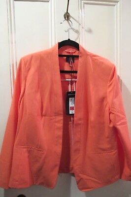 Marks and Spencers  Lady's apricot Jacket Size 18 BNWT