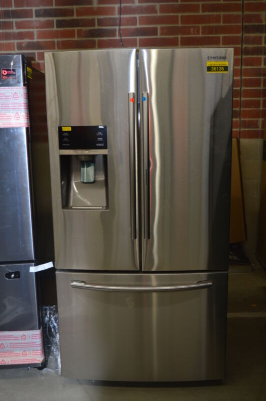 Samsung Showcase 27.8 Cu. Ft. French Door Refrigerator with Thru-the-Door Ice and Water Stainless Steel RF28HDEDBSR