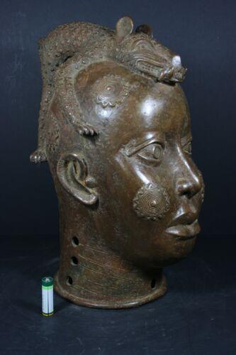 African OBA King Head with Leopard, BENIN Bronze - Nigeria, TRIBAL  ART