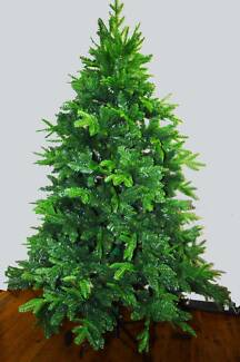 Brand New 210cm 1886 tip Christmas Tree