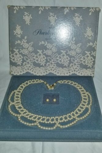 Vintage Avon Pearlized Lace Necklace & Earrings Gift Set in Original Box