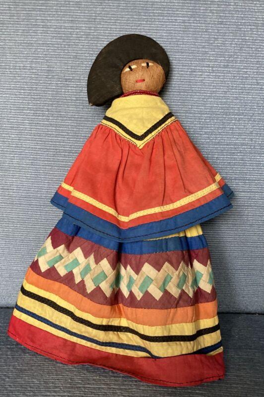 "Vintage Seminole Tribe Of Hollywood Fl Palmetto Fiber Husk Doll 10"" Beads"