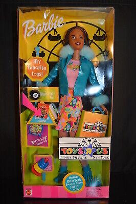 """TOYS """"R"""" US TIMES SQUARE BARBIE  Brand New! CHRISTIE 2001  doll  Mattel  NOS NIB"""