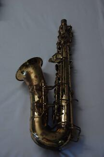 Alto Saxophone - Con Naked Lady 6M Townsville City Preview