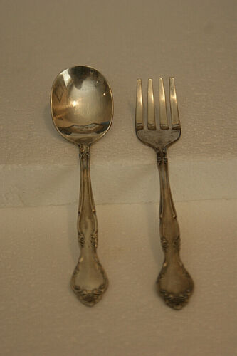 VINTAGE ONEIDA COMMUNITY AFFECTION BABY SPOON & FORK SET