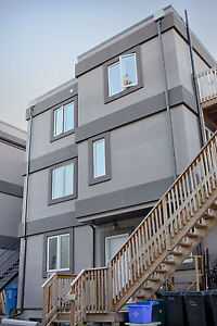 May 1st - 3 Bedroom- Steps to Uottawa