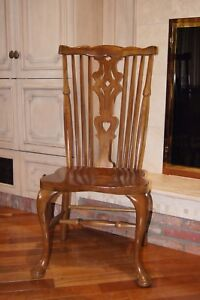 Great Entertaining Table & Chairs for Home OR Cottage