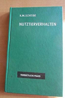 DDR Buch Nutztier-Verhalten Umwelt Technik Mastrind Mastschwein Schaf Kalb